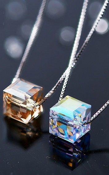 Silver Crystal - Magic Cube Necklace - CDJC0512